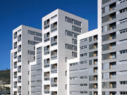 Edificio de 160 viviendas de protección oficial, locales comerciales y aparcamiento en el Passeig Valldaura de Barcelona