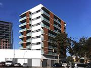 Edificio de 28 viviendas, locales comerciales y aparcamiento en la calle Pamplona de Barcelona