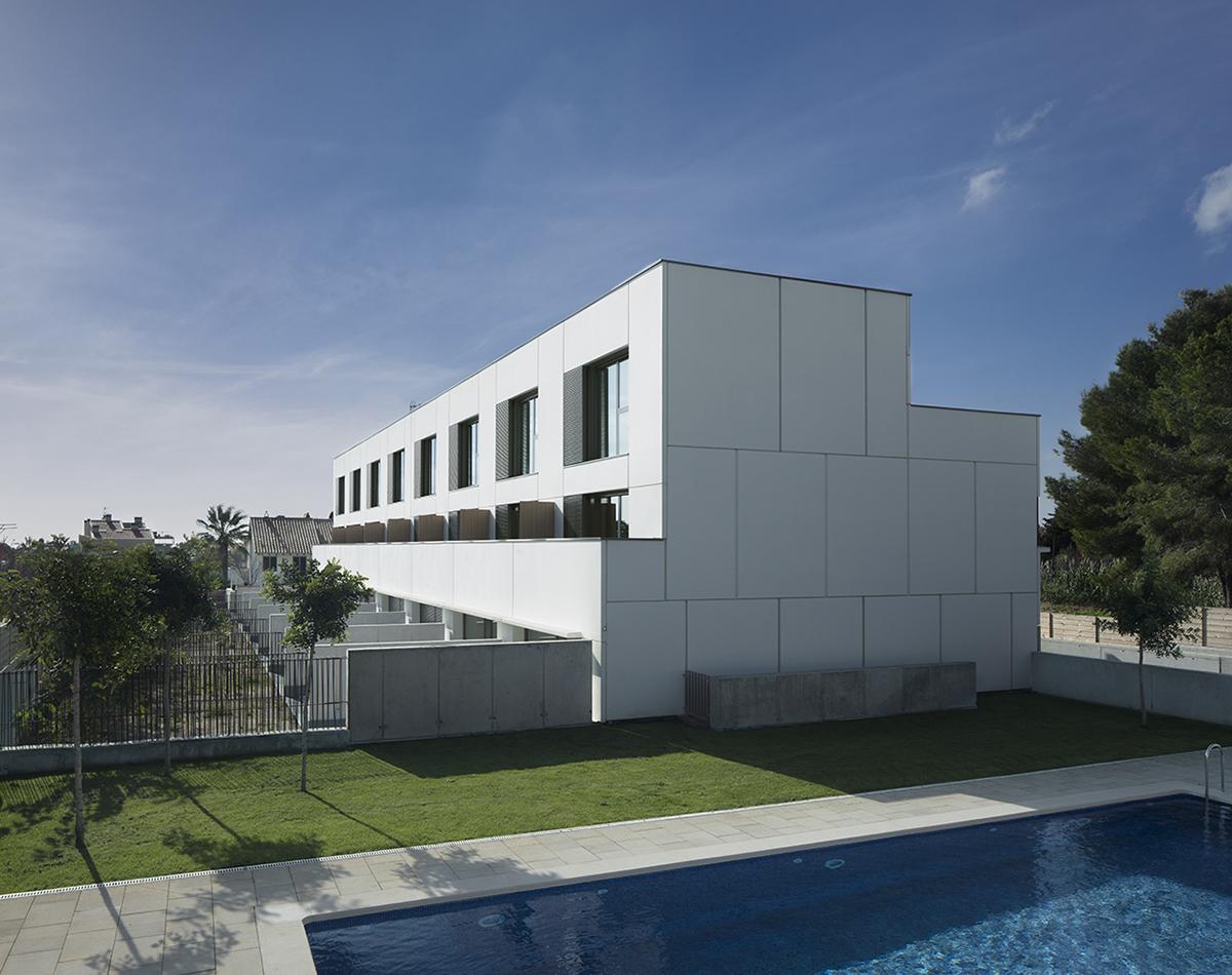 Conjunt de 8 habitatges en filera a Sitges
