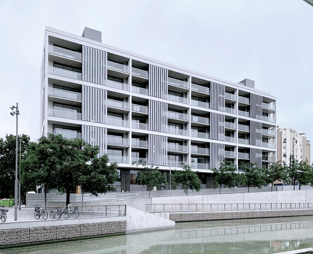 Edificio de 59 viviendas en la Plaça de les Glòries / carrer Àvila, Barcelona